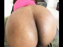 Ebony milf Sinnamon love pleasure a young dick in mouth added 1 year ago by hammy